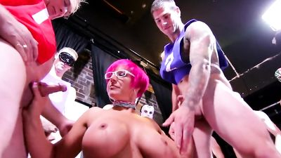 Blow me POV -a Nasty MILF with Giant Tits and 11 Guys in Huge Blowbang Bukk